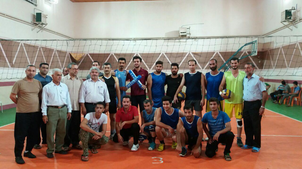 گزارش تصویری مسابقات والیبال جام شهدای منطقه حسن سرا