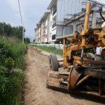 تسطیح و آماده سازی خیابانهای ساحلی ۱ و ۲ و نسترن روستای گیلاکجان
